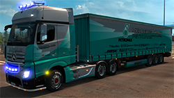 Mercedes-Benz New Actros PETRONAS F1